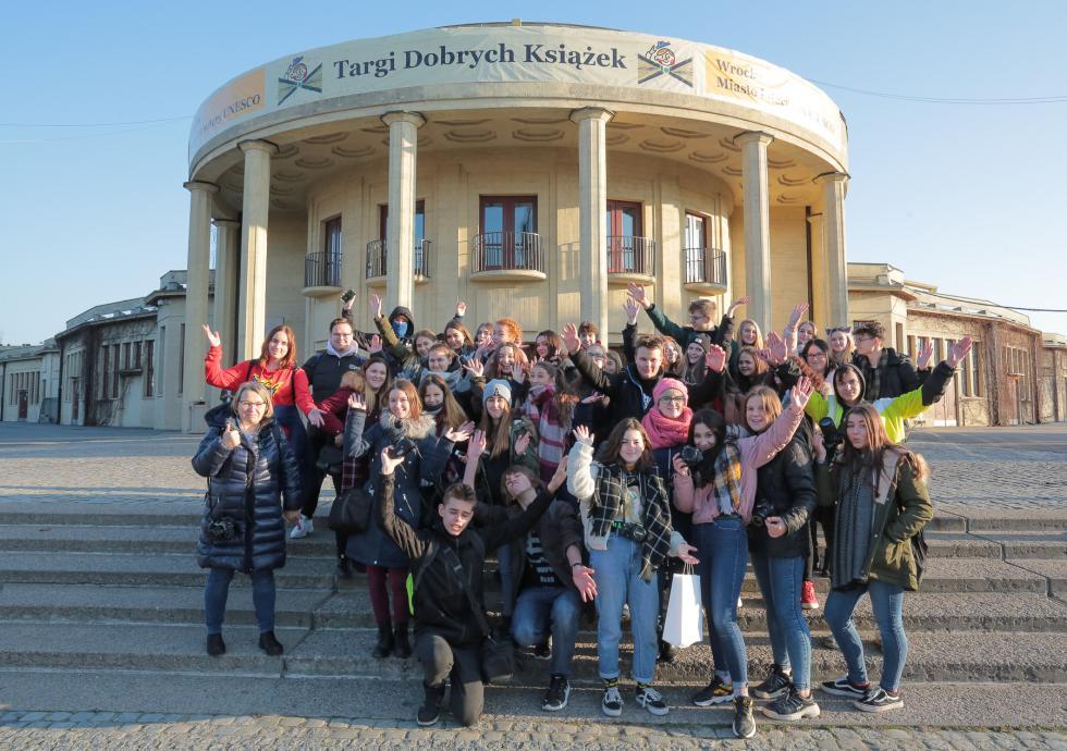 Uczniowie ZSHiU na Wrocławskich Targach Dobrych Książek