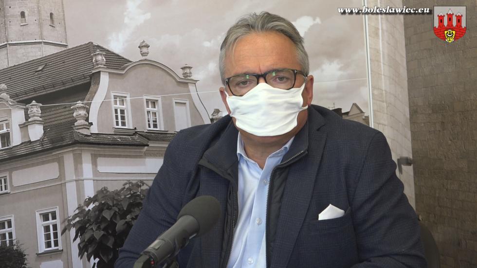 W Bolesławcu dowtorku potrwa dystrybucja bezpłatnych maseczek