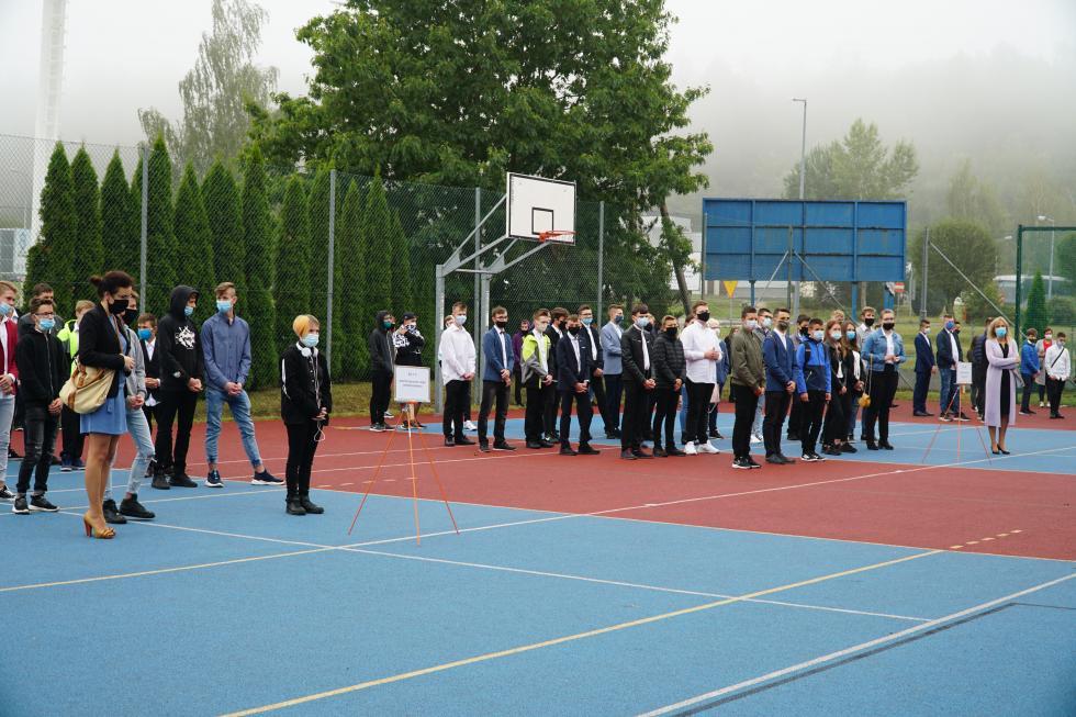 Rozpoczęcie roku szkolnego wZespole Szkół Budowlanych iw II Liceum Ogólnokształcącym