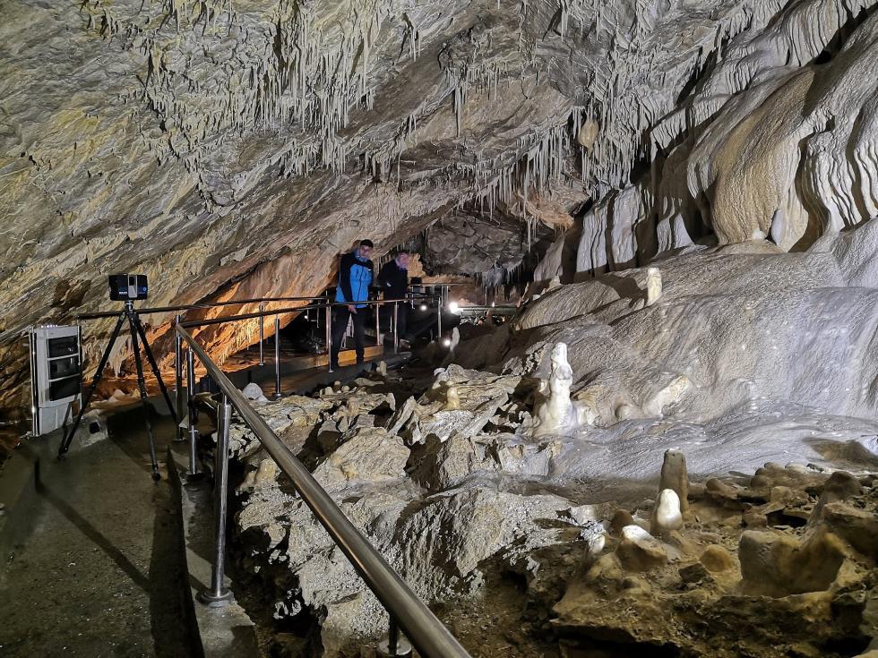 Geodeci zUPWr zmierzyli izmapowali Jaskinię Niedźwiedzią